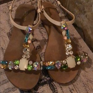 Stunning jeweled sandals so beautiful